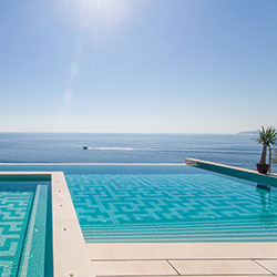 Maintenance Piscine 06 Cannes Nice Antibes Mandelieu